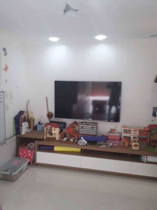 Casa Rua Mário Olinto,Jacarepaguá,Rio de Janeiro,RJ À Venda,4 Quartos,500m² - 250 - 38