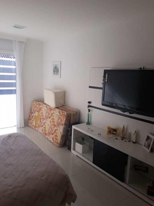 Casa Rua Mário Olinto,Jacarepaguá,Rio de Janeiro,RJ À Venda,4 Quartos,500m² - 250 - 40