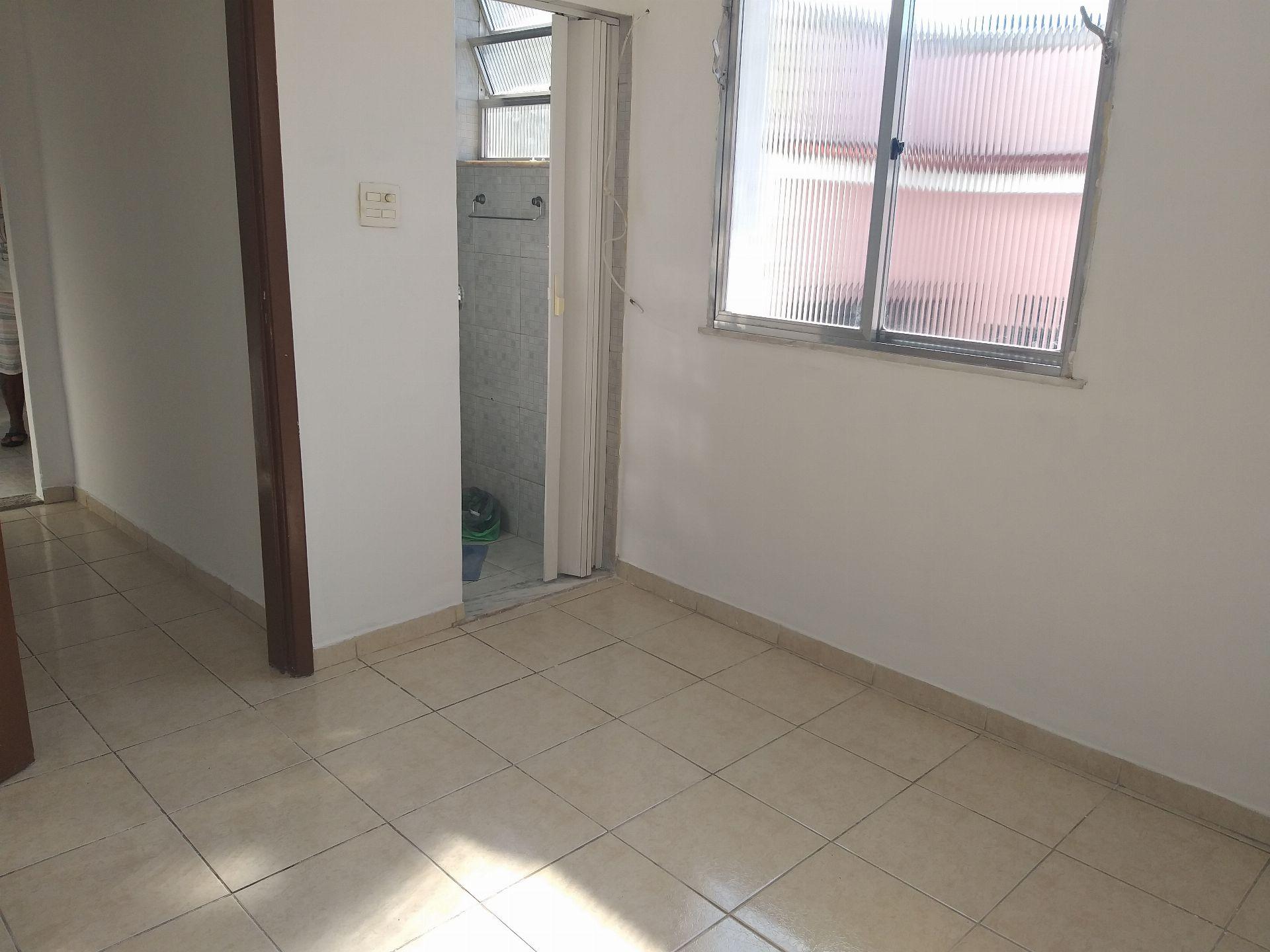 Apartamento Para Alugar - Ramos - Rio de Janeiro - RJ - 612202 - 3