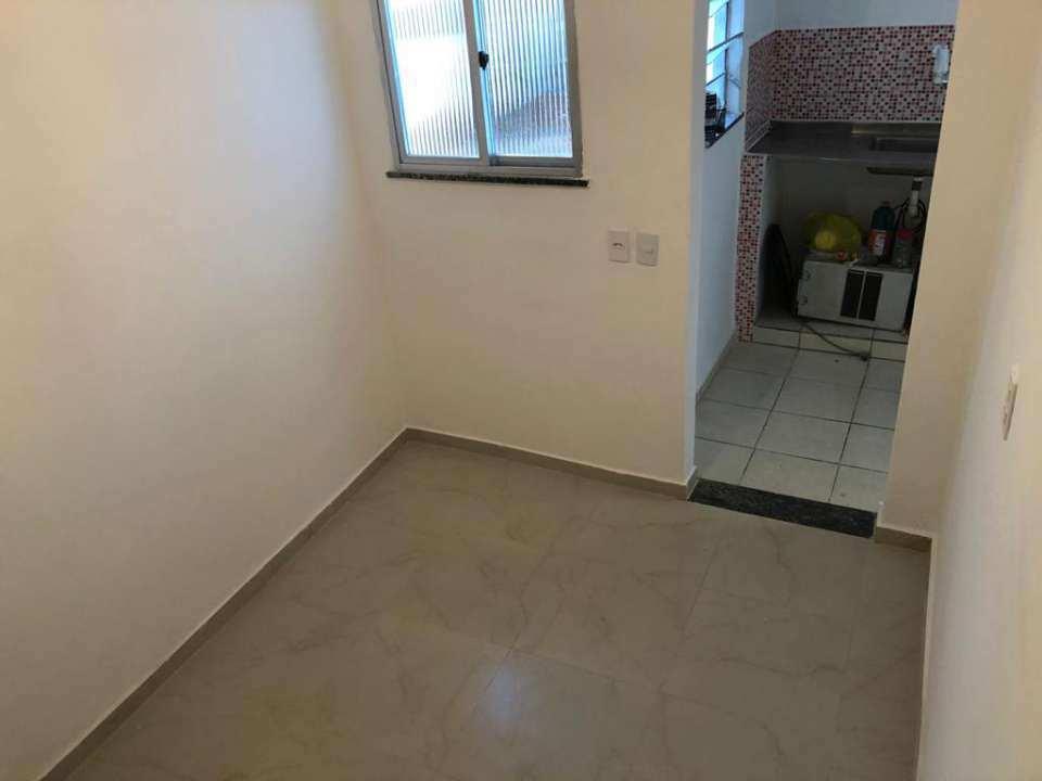 Casa Comercial 27m² para alugar Rua Ubiratã,Higienópolis, Rio de Janeiro - R$ 680 - 3823 - 2