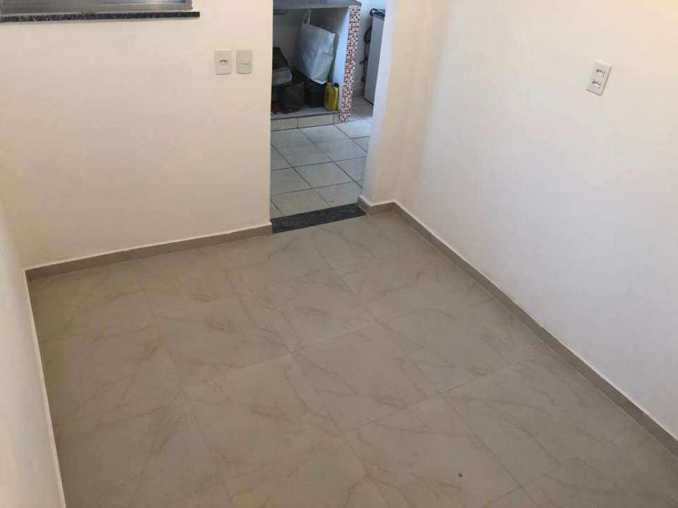 Casa Comercial 27m² para alugar Rua Ubiratã,Higienópolis, Rio de Janeiro - R$ 680 - 3823 - 3