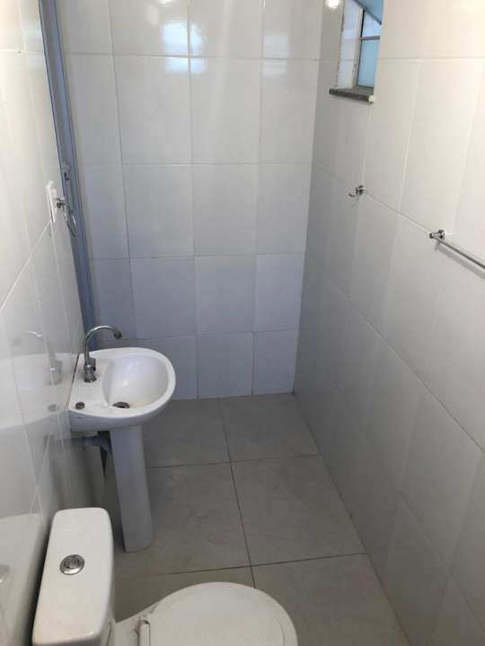 Casa Comercial 27m² para alugar Rua Ubiratã,Higienópolis, Rio de Janeiro - R$ 680 - 3823 - 5