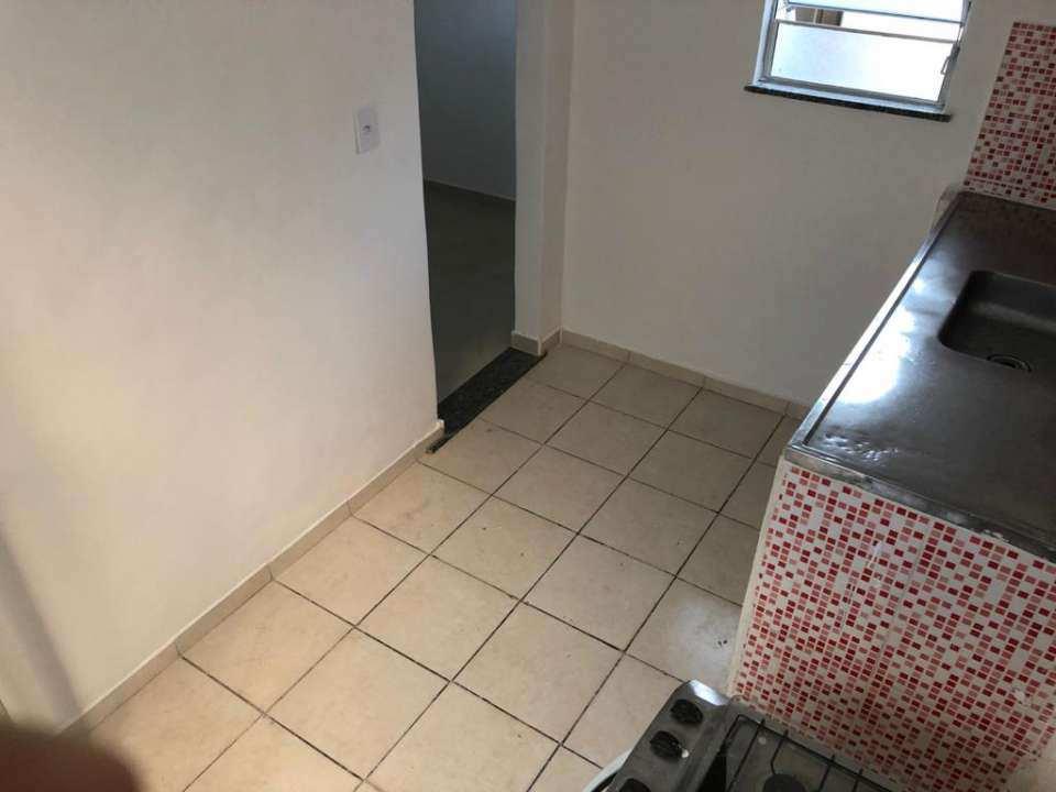Casa Comercial 27m² para alugar Rua Ubiratã,Higienópolis, Rio de Janeiro - R$ 680 - 3823 - 8