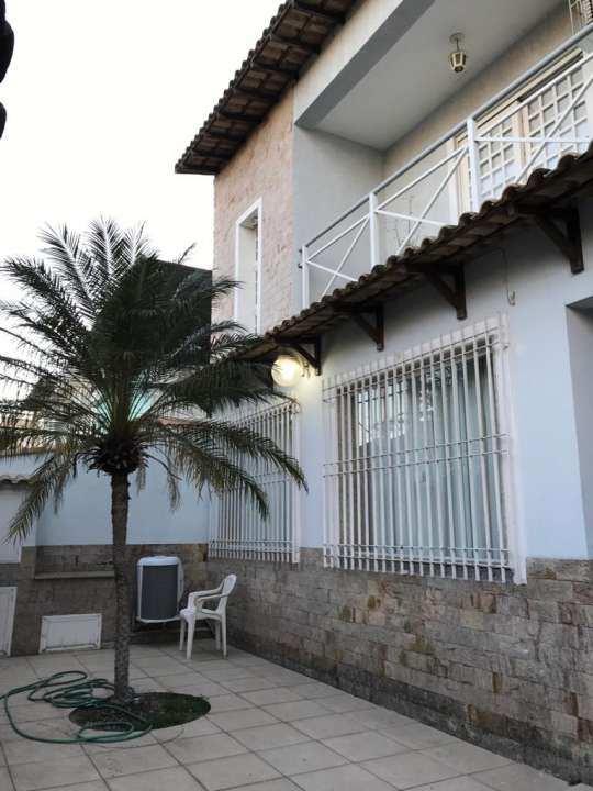 varanda da frente - VENDA CASA SUPER LUXO 4 QTOS, PISCINA E CHURRASQUEIRA RAMOS - 179 - 2