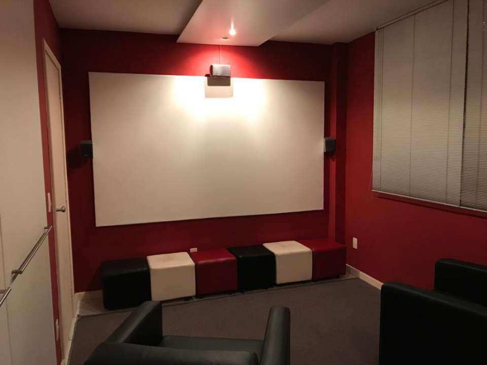 sala de cinema - VENDA CASA SUPER LUXO 4 QTOS, PISCINA E CHURRASQUEIRA RAMOS - 179 - 12