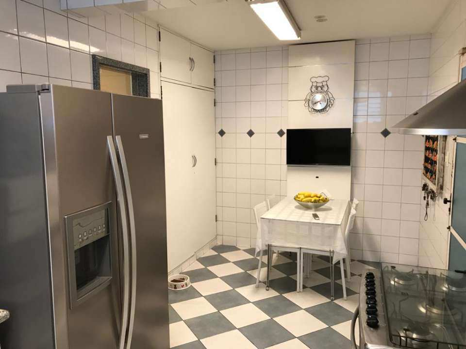 Cozinha - VENDA CASA SUPER LUXO 4 QTOS, PISCINA E CHURRASQUEIRA RAMOS - 179 - 19
